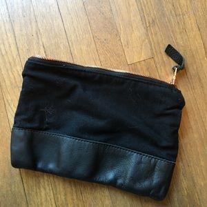 Handbags - Black Zipper Pouch
